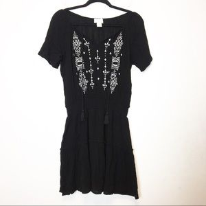 Braeve Black and White Embroidered Boho Dress